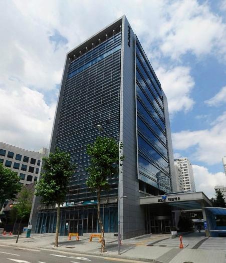 삼성중앙역 초역세권 지하1층 사무실 임대